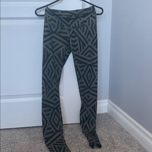 Patterned thin lululemon tights